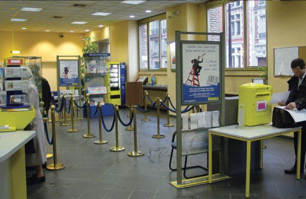 Un bureau de poste avant 2010