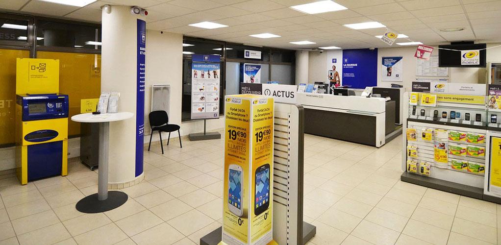 Espace automates en libre-service La Poste