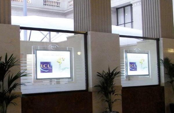 Porte affiches led LCL