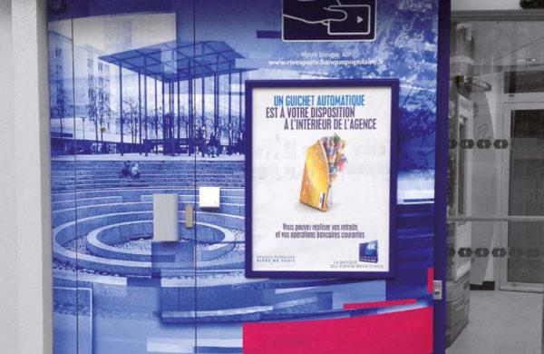 Vitrophanie habillage DAB Banque Populaire
